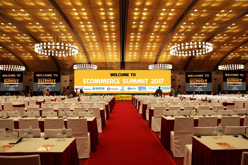 E-Commerce Summit