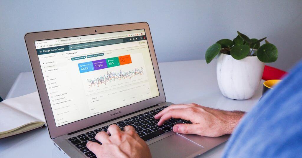 Cách liên kết Google Search Console với Google Analytics