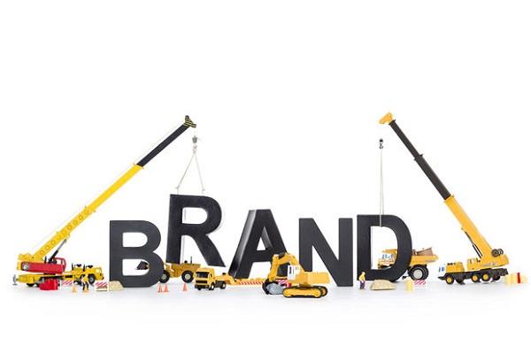 Xây dựng thương hiệu và duy trì niềm tin với khách hàng