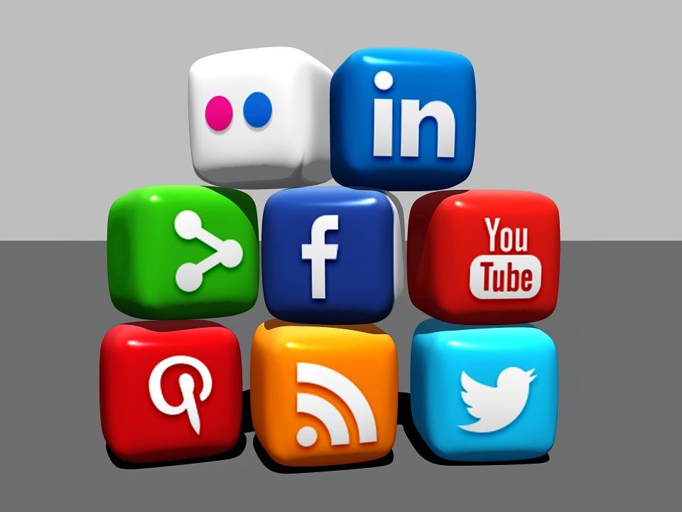 tham khảo một số chiến lược tận dụng mạng xã hội tăng traffic website