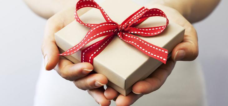 Gửi tặng các quà tặng và tổ chức các cuộc thi trực tuyến