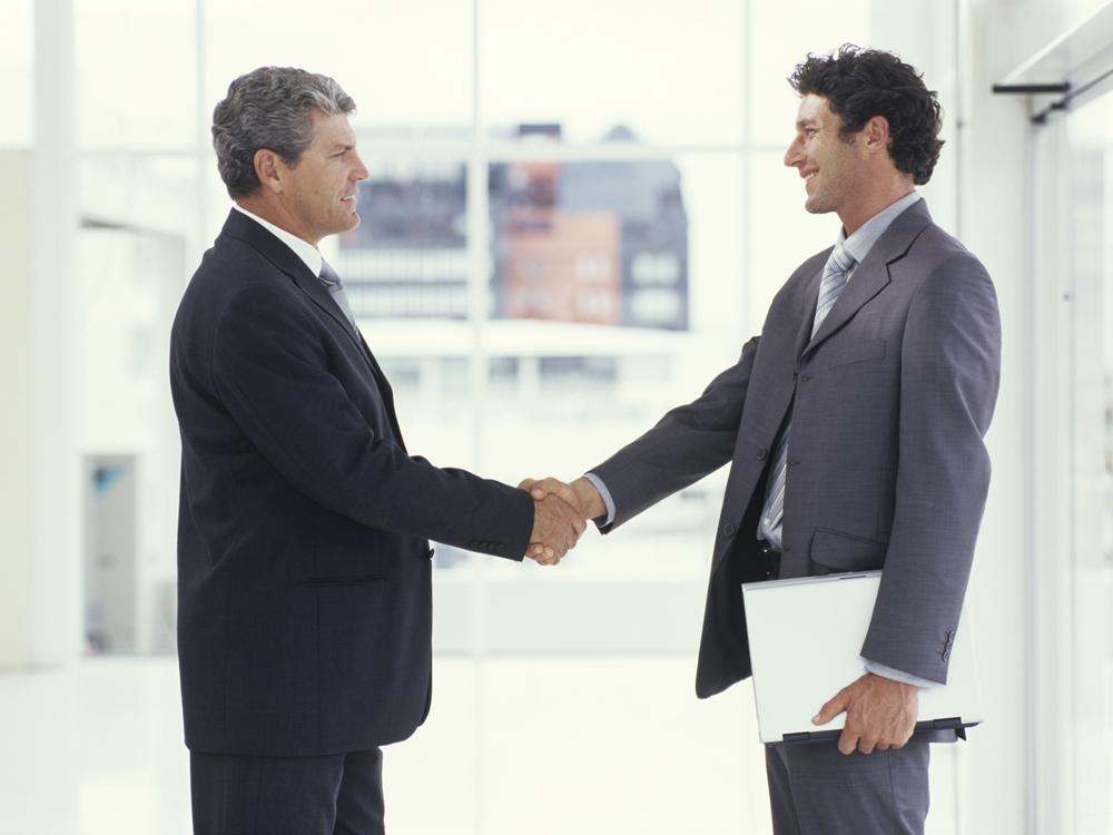 Làm việc cùng nhau với tư cách là đối tác