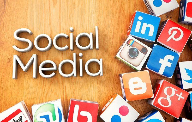Các nền tảng truyền thông xã hội như Facebook, Zalo, Twitter rất hữu ích