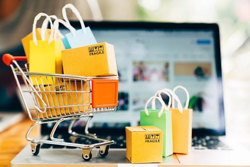 Khách hàng có thể mua sắm mọi lúc mọi nơi
